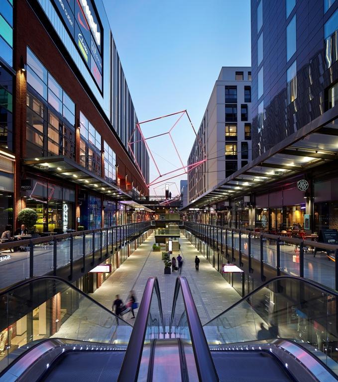 THE LONDON DESIGNER OUTLET, IMAGE: LESLIE JONES