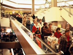 The popular Franken-Center in Nuremberg in 1984. Like ECE's other shopping centers, it had to be fundamentally restructured. Consolidation hit. Image: ECE