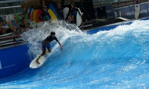 A so-called standing wave – the first of its kind in the country – will be a main attraction in the shopping center. Image: The Wave