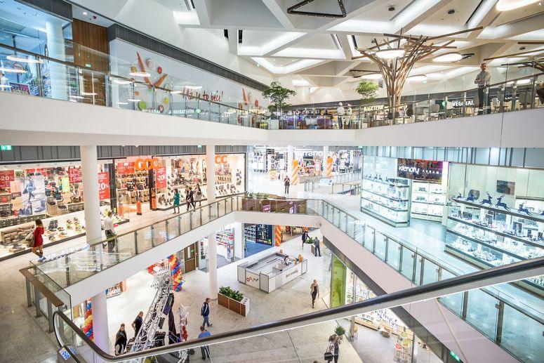 Retail EuropeAcross European Openings Estate Real Projectamp; The SUzqpMV