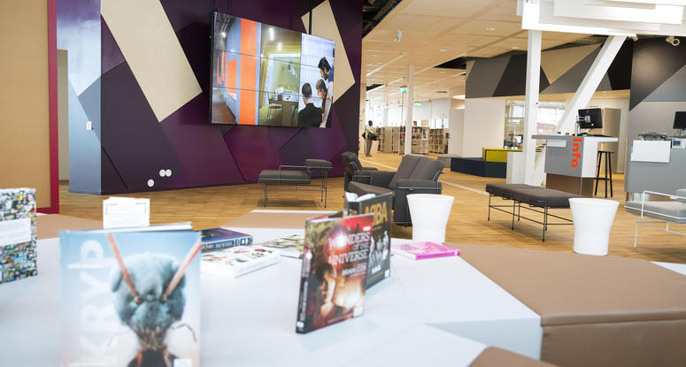 The second floor of Kista Galleria in Stockholm has a 2,800-sq-m library that welcomes around 750,000 visitors annually. Image: Citycon