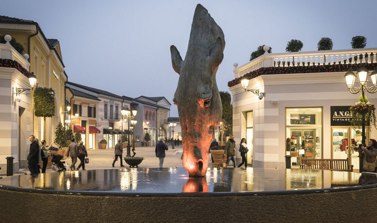 Mcarthurglen reports growth to 4 5 billion across the for Serravalle outlet