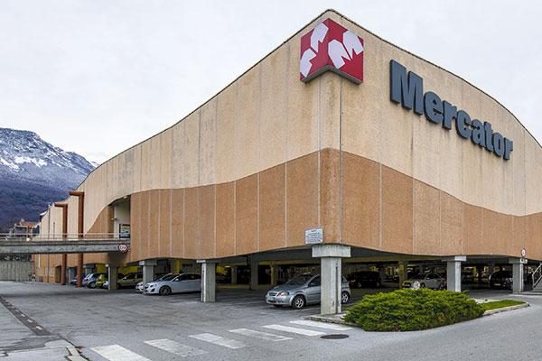 Supernova has acquired malls in the cities of Ljubljana, Ajdovščina (photo), Kranj, Celje, Koper, Jesenice, Novo mesto, Slovenj Gradec, and Postojna. Credit: Supernova