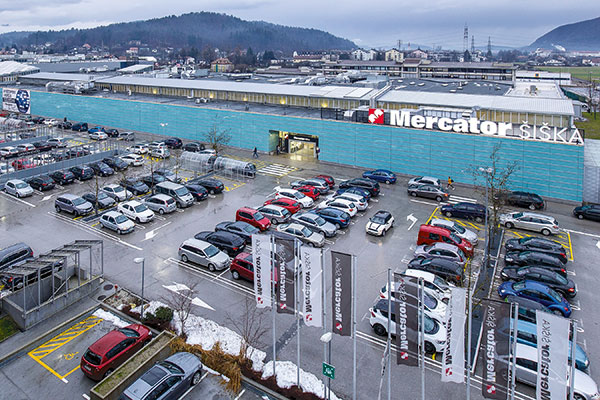 Supernova Group is scheduled to begin the refurbishment of several shopping centers this year, the first of which will include Ljubljana Šiška (photo) and Kranj Primskovo. Credit: Supernova